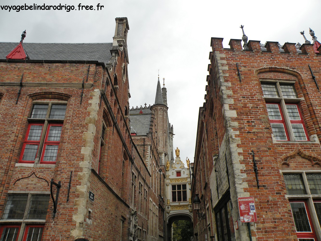 Accès à la place du Burg - Bruges
