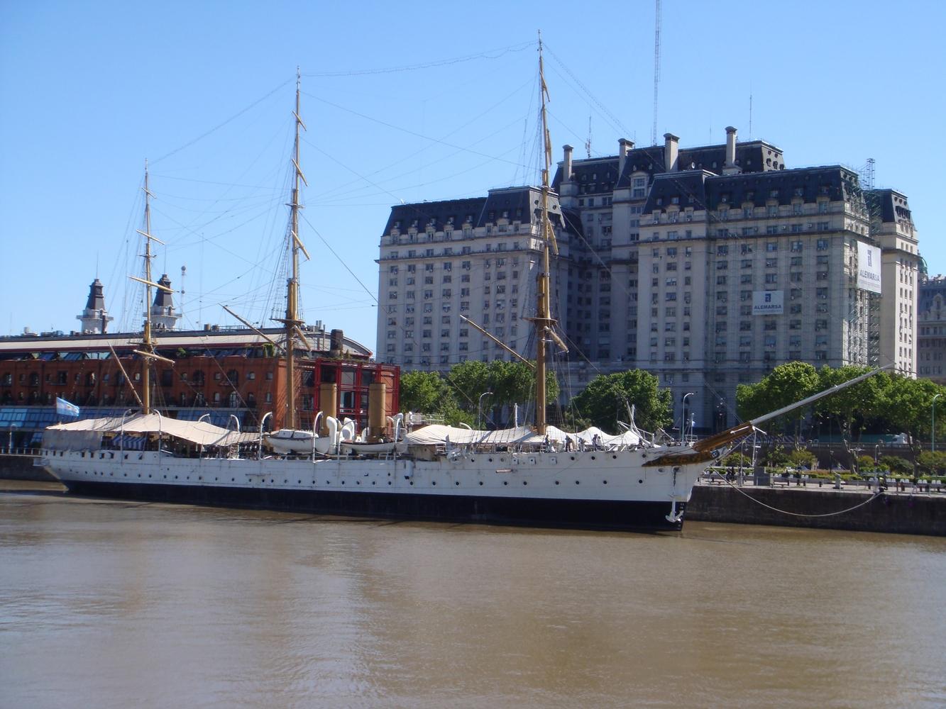 Fragata Presidente Sarmiento - Puerto Madero