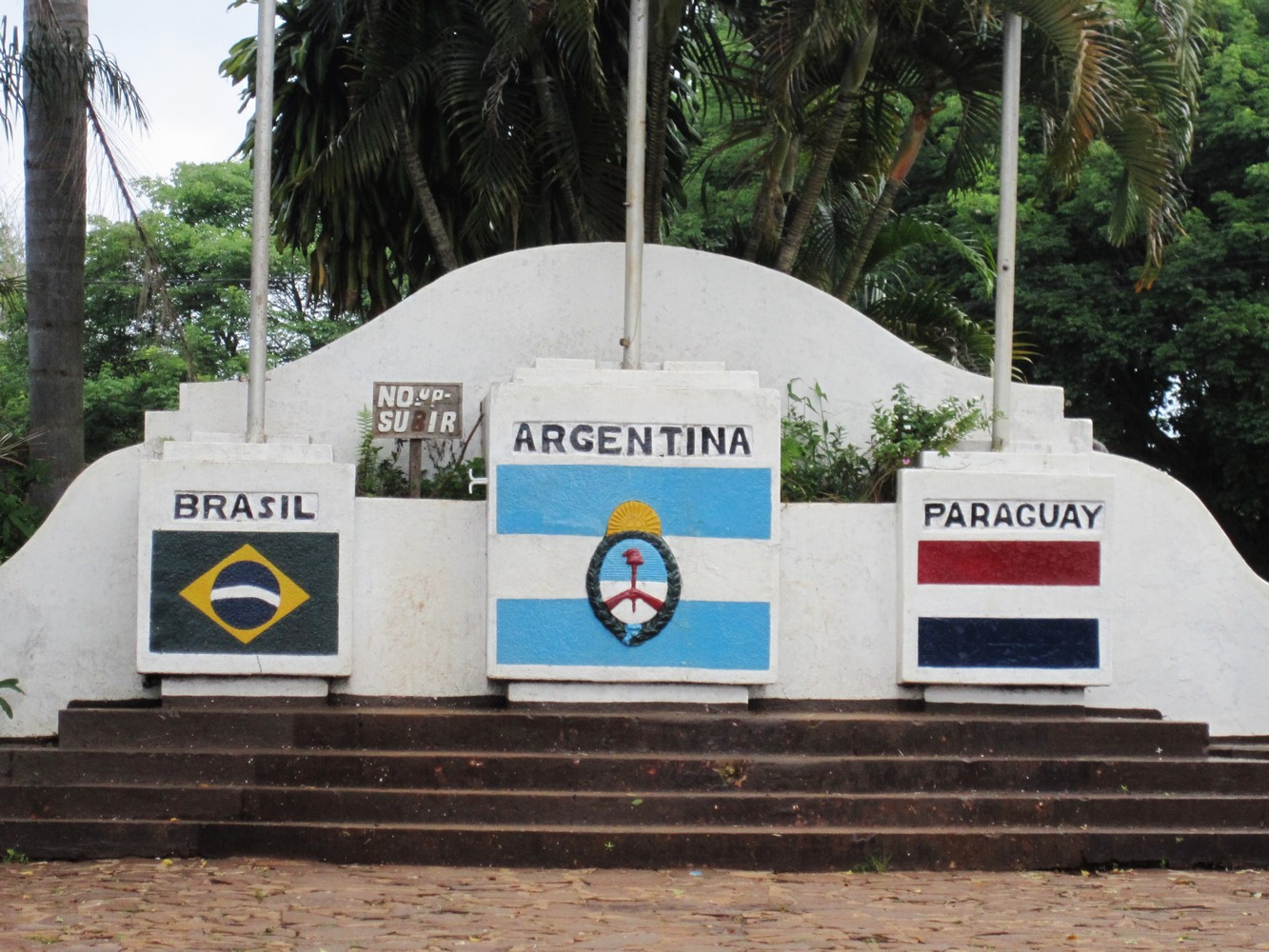 Hito 3 Fronteras - Puerto Iguazú
