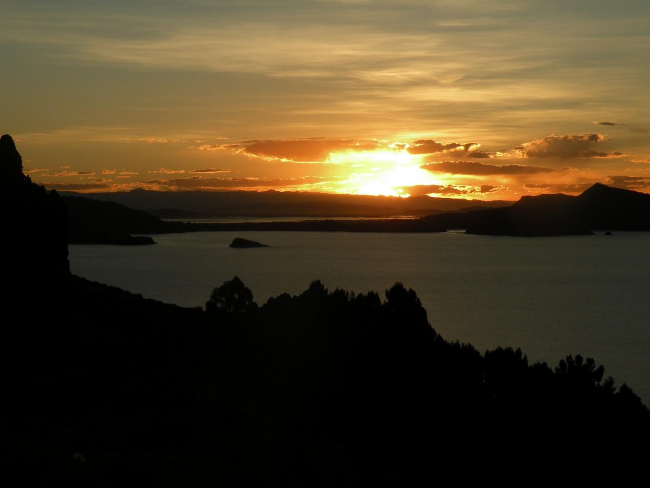 Isla Amantani - Coucher de Soleil