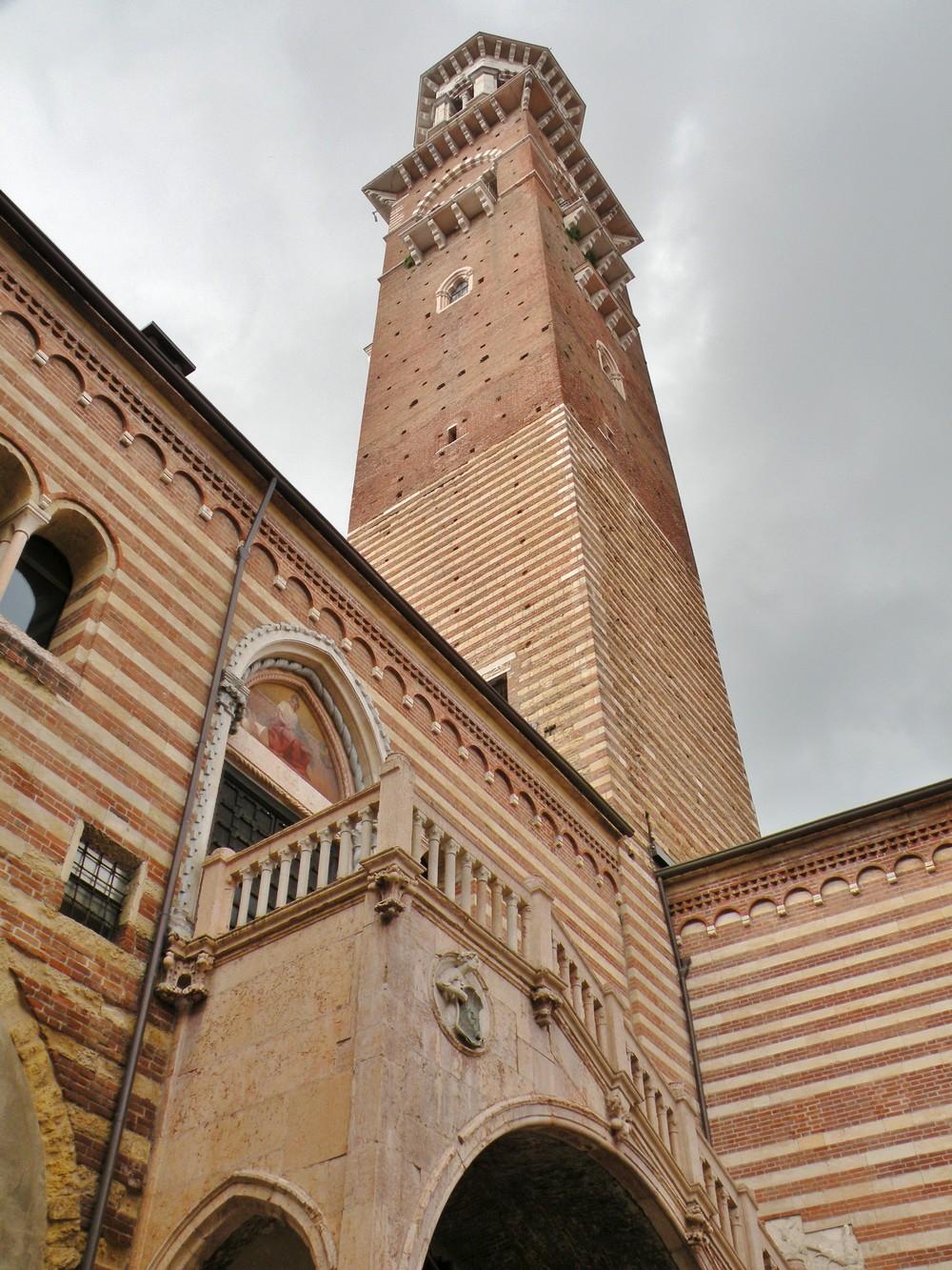 Torre dei Lamberti - Piazza dei Signori - Vérone