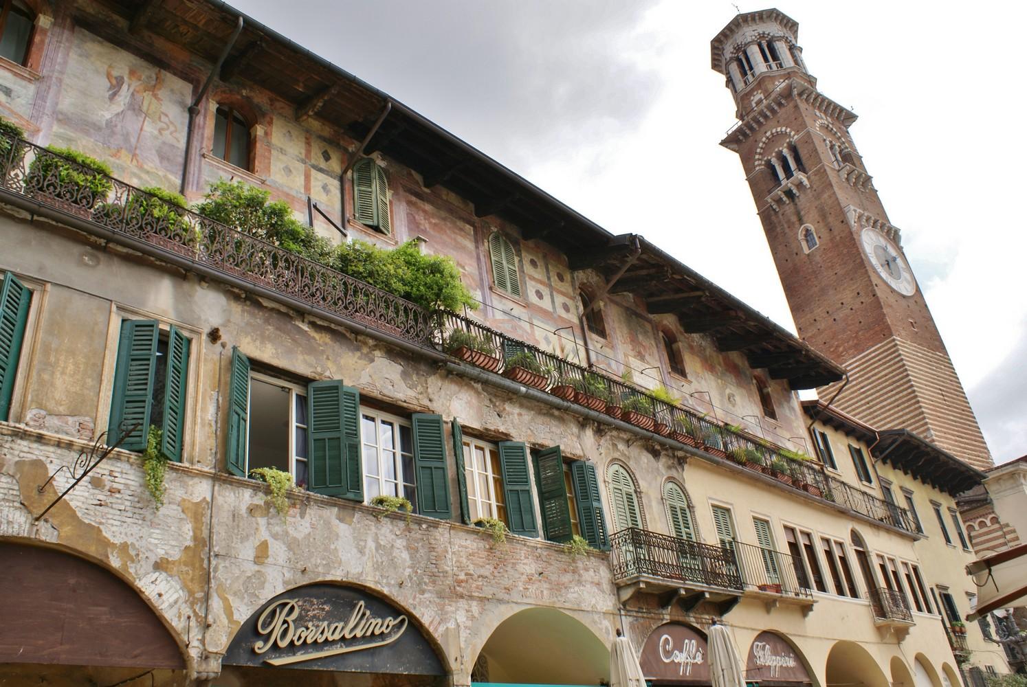 Torre dei Lamberti - Piazza delle Erbe - Vérone